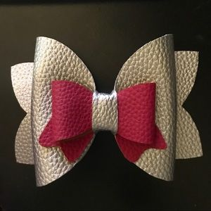 Large Double Layered Bow